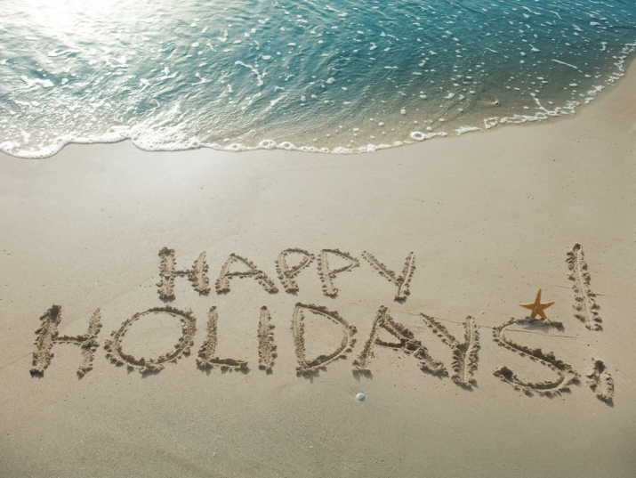 Happy_Holidays_Beach