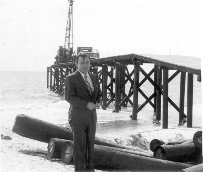 Building the Mexico Beach Public Pier